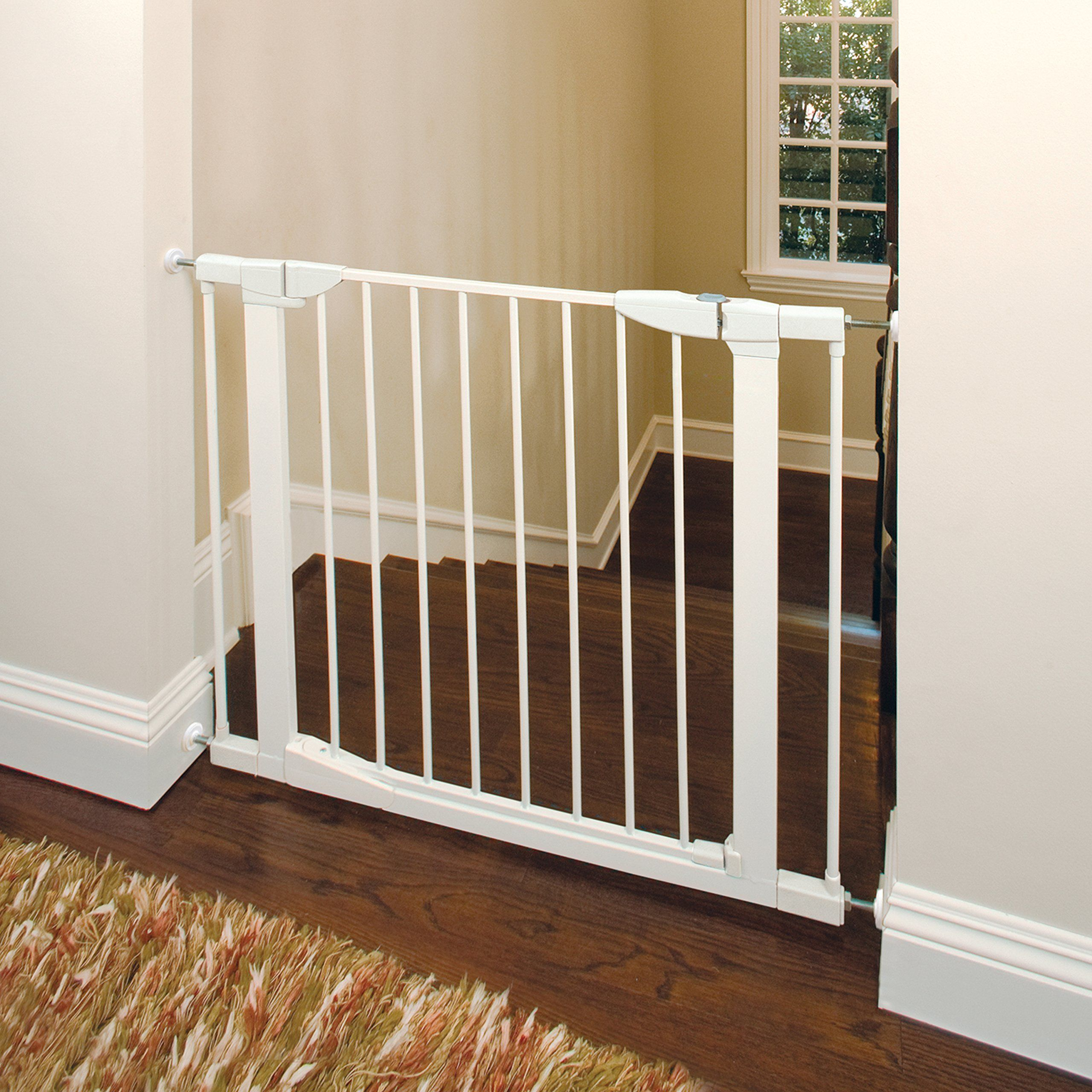 Munchkin Auto Close Pressure Mount Baby Gate For Stairs Hallways And Doors Metal White Model Mk0006022 For More Infor Baby Gates Baby Gate For Stairs House