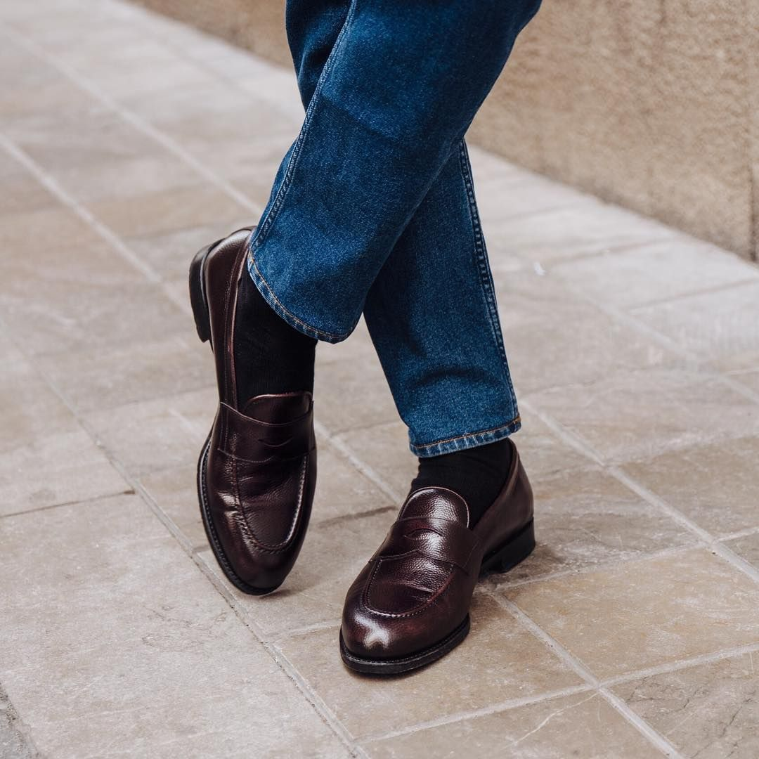 Oxblood Penny S In Valencia Available In Our Online Store Morjas Pennyloafer Dress Shoes Men Kinds Of Shoes Me Too Shoes