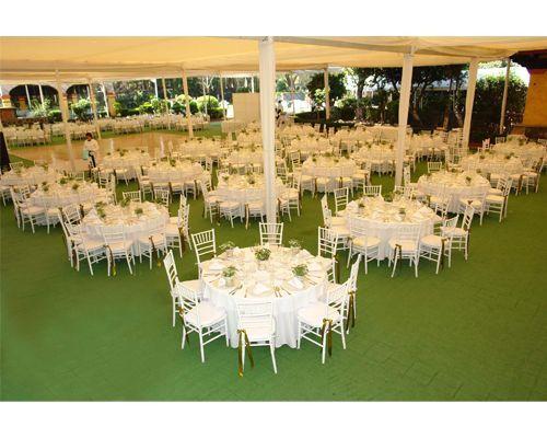 Mesas para bodas en jardin buscar con google fiestas - Decoracion fiesta jardin ...