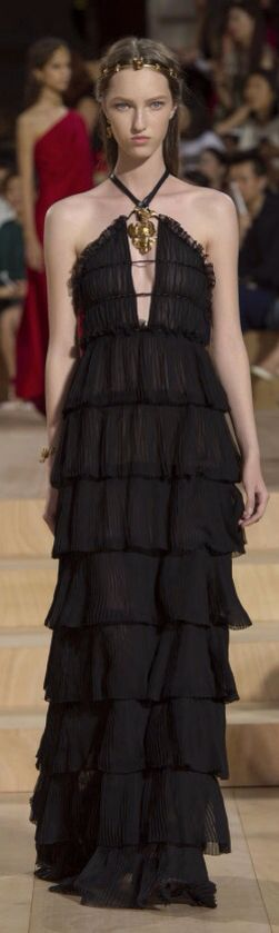New beatiful collection of Valentino. Rome Spring 2016. Inspiration rome
