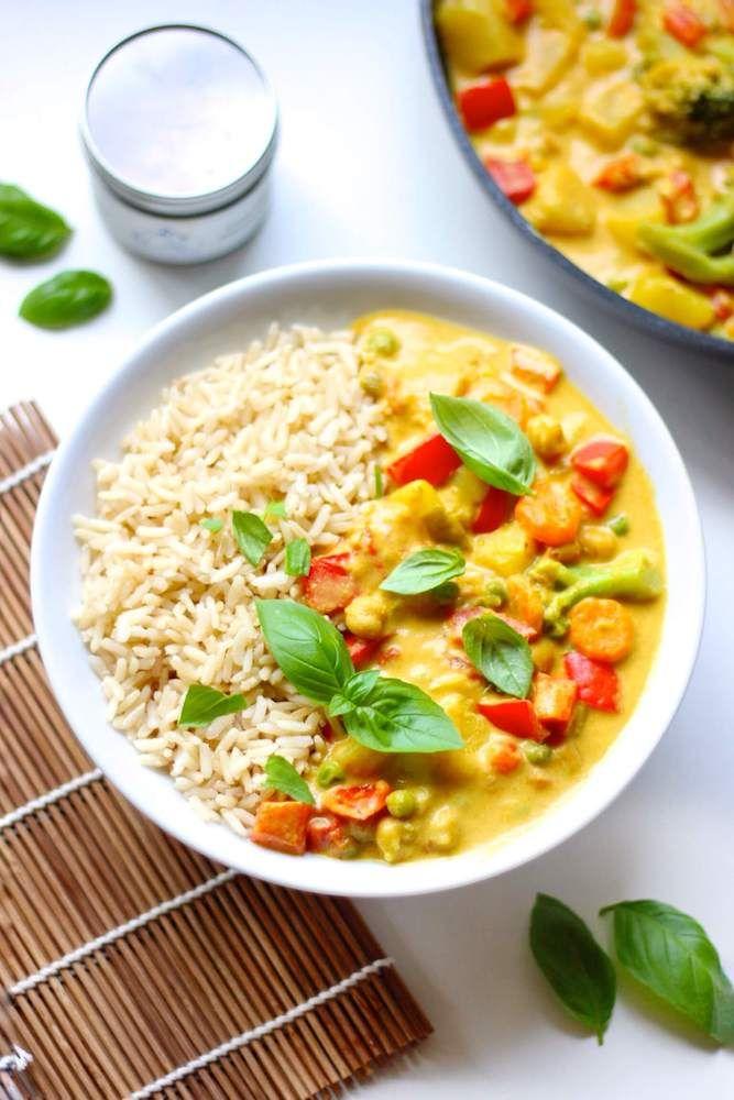 Gelbes Gemüsecurry mit Ananas #vegetariandish