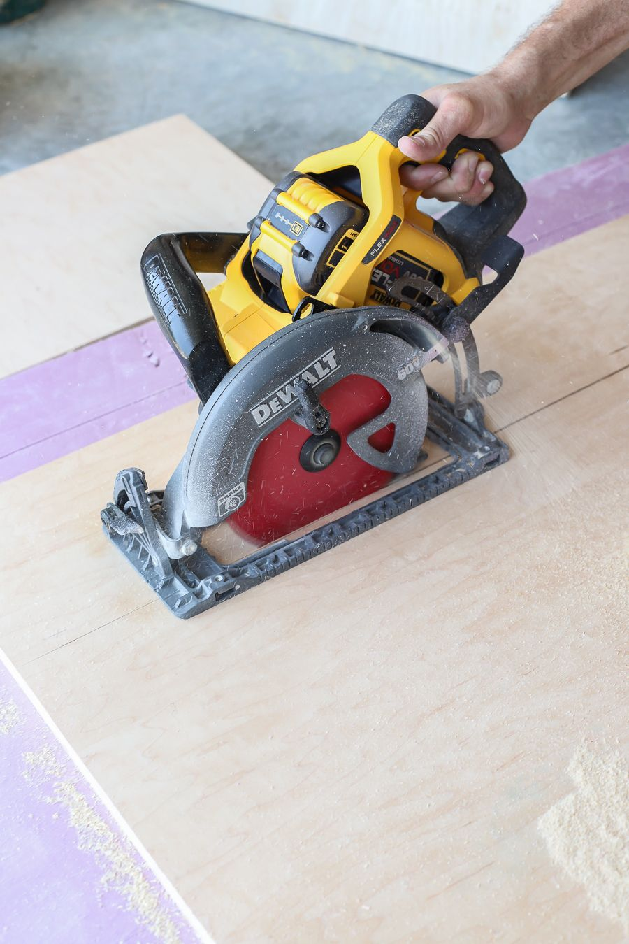 Dewalt Cordless Brushless Worm Drive Style Circular Saw Tool Review Circular Saw Woodworking Worm Drive