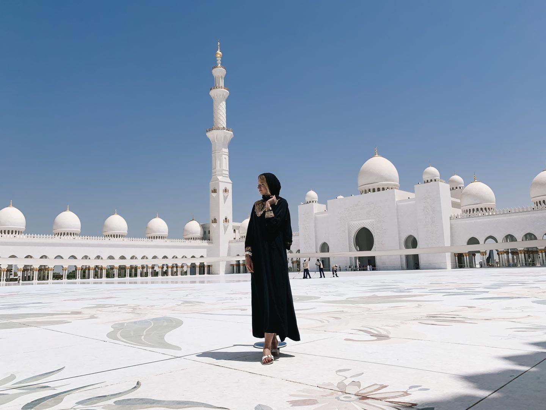 Abu Dhabi Sheikh Zayid Mosque Qasr Al Watan Etihad Towers