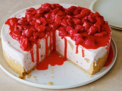 Fun frozen desserts food network frozen strawberries fun frozen desserts food network strawberry cheesecake recipescheesecake forumfinder Gallery