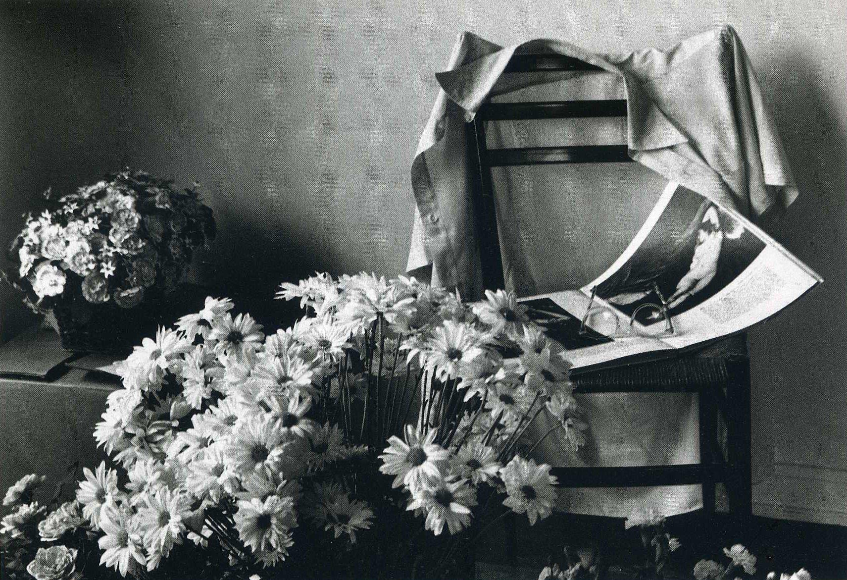 Flowers for Elizabeth, No 24, July 6, 1976 | © André Kertész