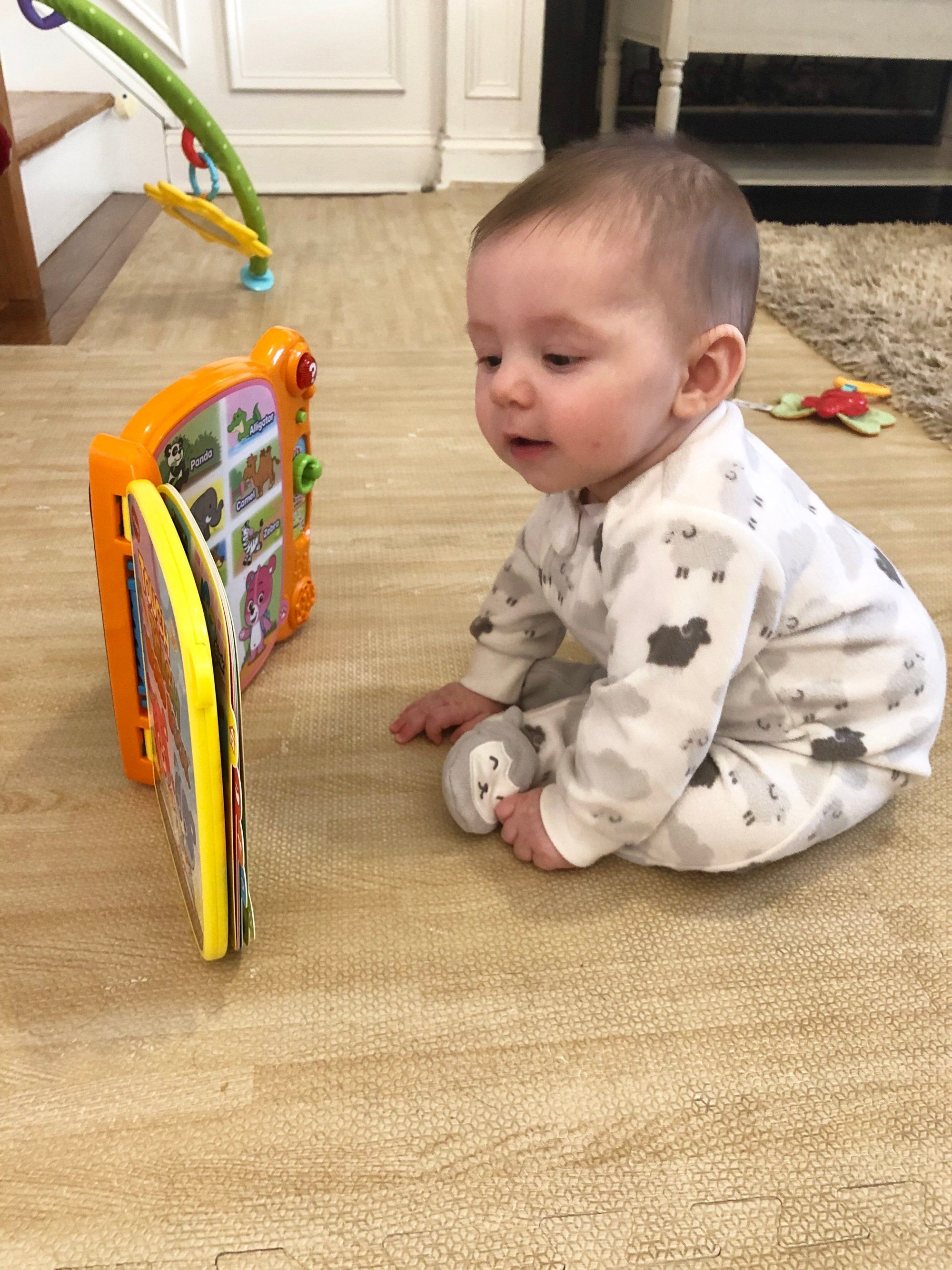 12 Simple Activities to Help Your Baby Sit Up on Their Own ...