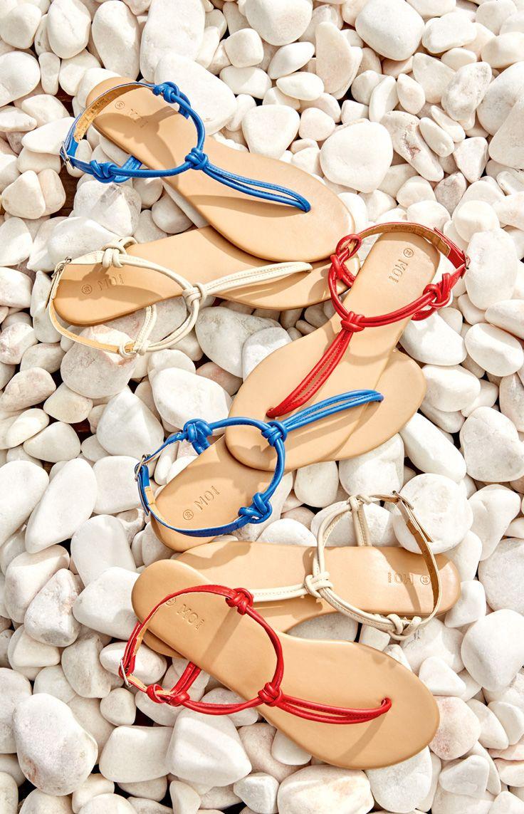 Color feet.