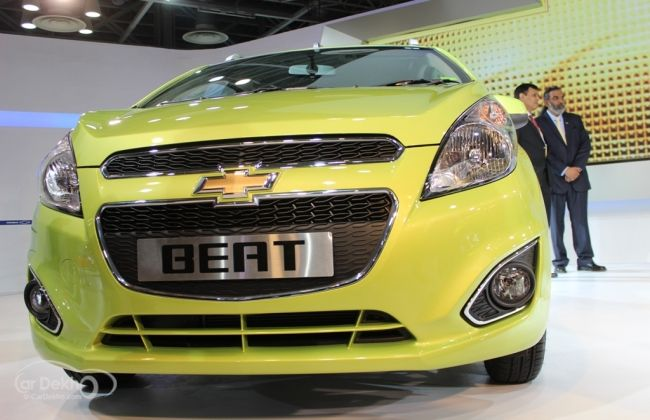 New Chevrolet Beat Facelift Gets Cheaper Priced At Rs 3 92 Lakh Chevrolet Facelift Hatchback
