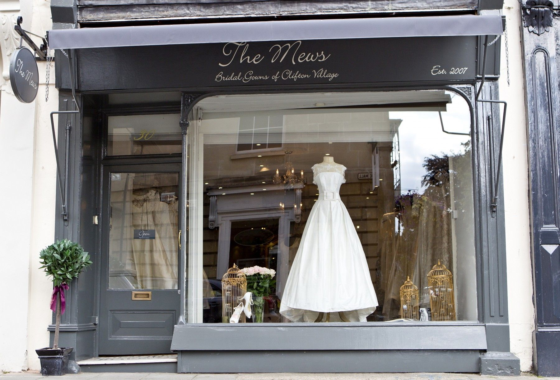 The mews clifton village bridal gowns of bristol wedding the mews clifton village bridal gowns of bristol wedding dresses ombrellifo Image collections