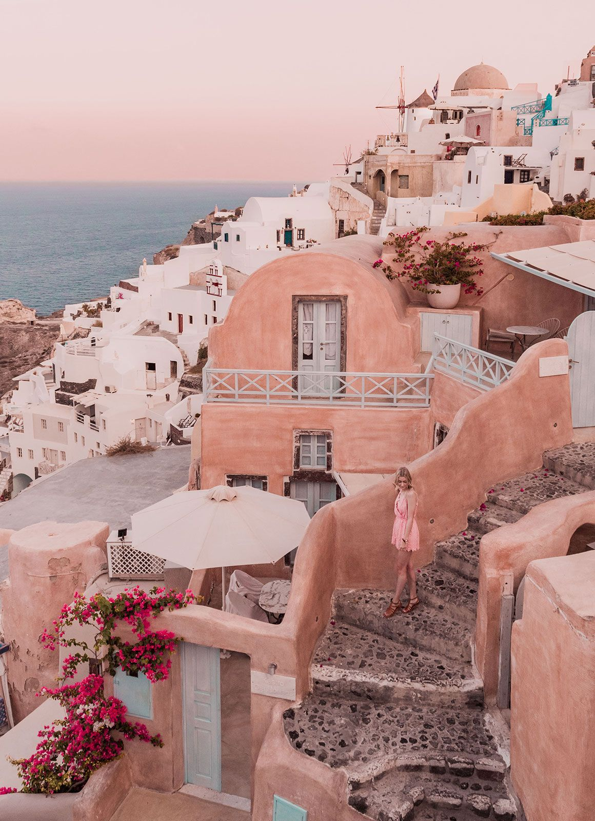 A Relaxed Guide to Santorini: The Dreamy Greek Island | Jayde Archives