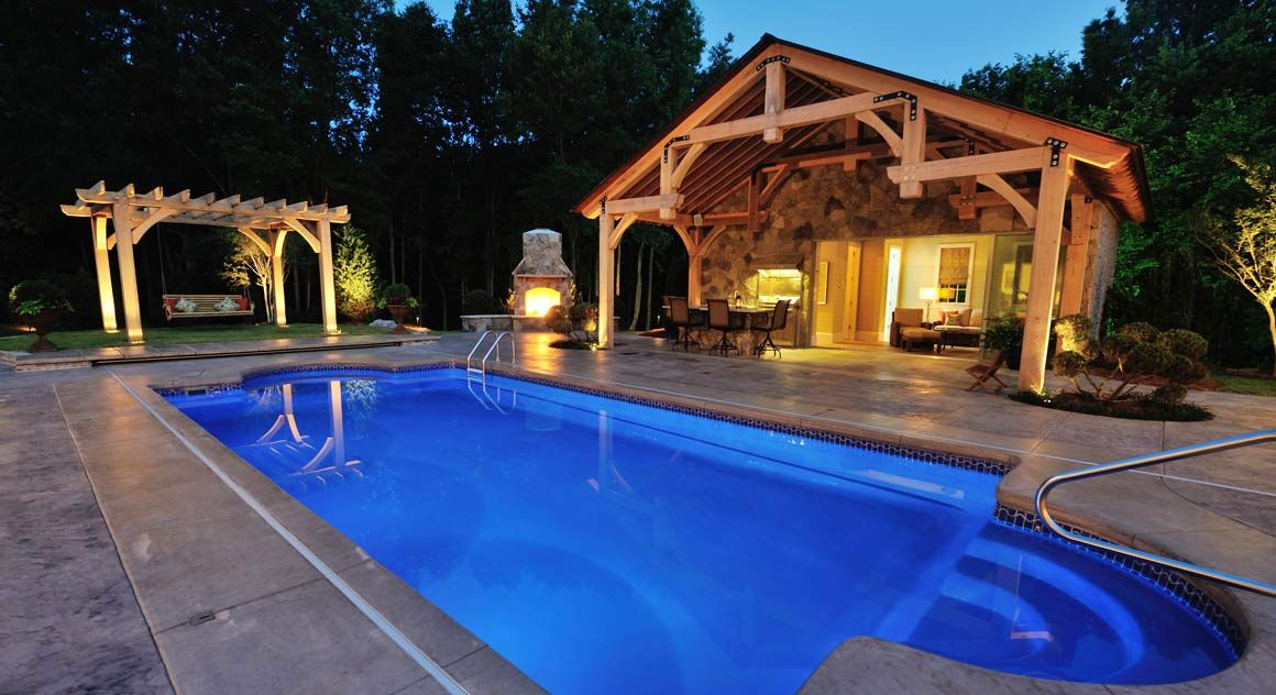 7 Important Tips for Pool & Outdoor Kitchen Designs | Kitchen design ...