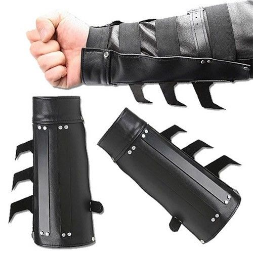 2 PCS Bat Razor Spikes Arm Gauntlet/'s Costume Cosplay Free Priority Shipping