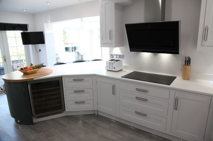 Best Hand Painted Bespoke Kitchen From Holme Tree In Farrow And 640 x 480