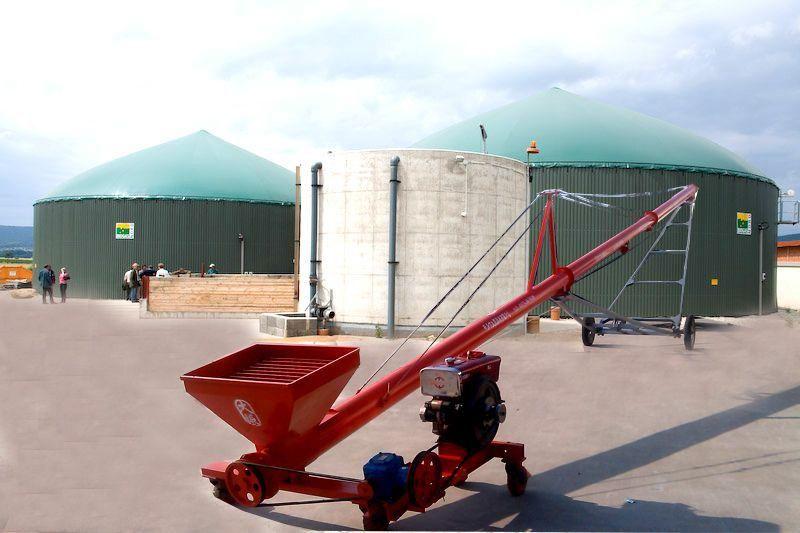 Grain auger conveyor with mini diesel generator for grain
