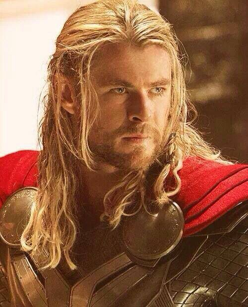 THOR---Chris Hemsworth