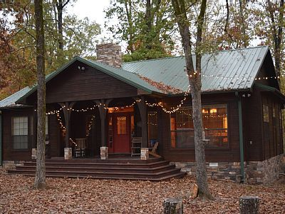 Holly Hill Secluded Retreat On 7 Acrs New Outdoor Kitchen Pets Hot Tub Wifi Broken Bow Broken Bow Cabins Cabin Rentals Vacations To Go