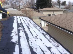 Tar And Gravel Flat Roof Repairs Edmonton Alberta To Residential Home Flat Roof Repair Flat Roof Roof Repair
