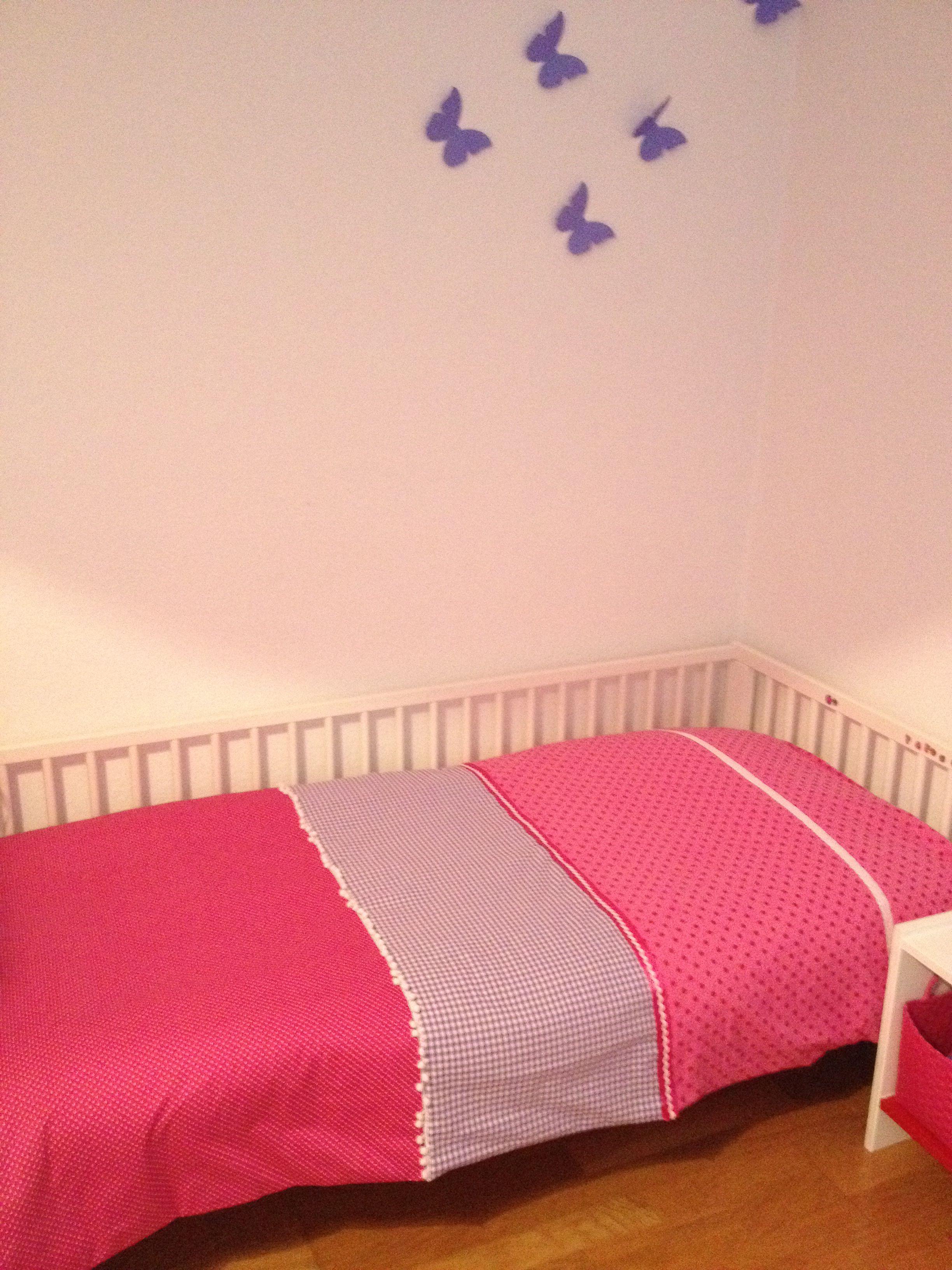 Girls bed blanket