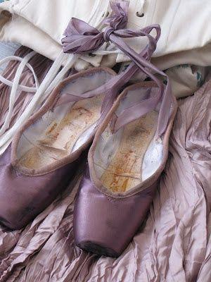 Rosamaria G Frangini   Dance Dance Ballet   Lilac * Points