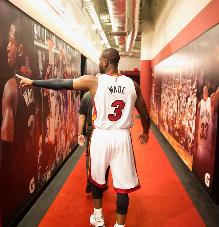 One Last Dance Dwyane Wade Announces Retirement Will Finish Nba Career With Miami Heat One Last Dance Dwyane Wade Basketball