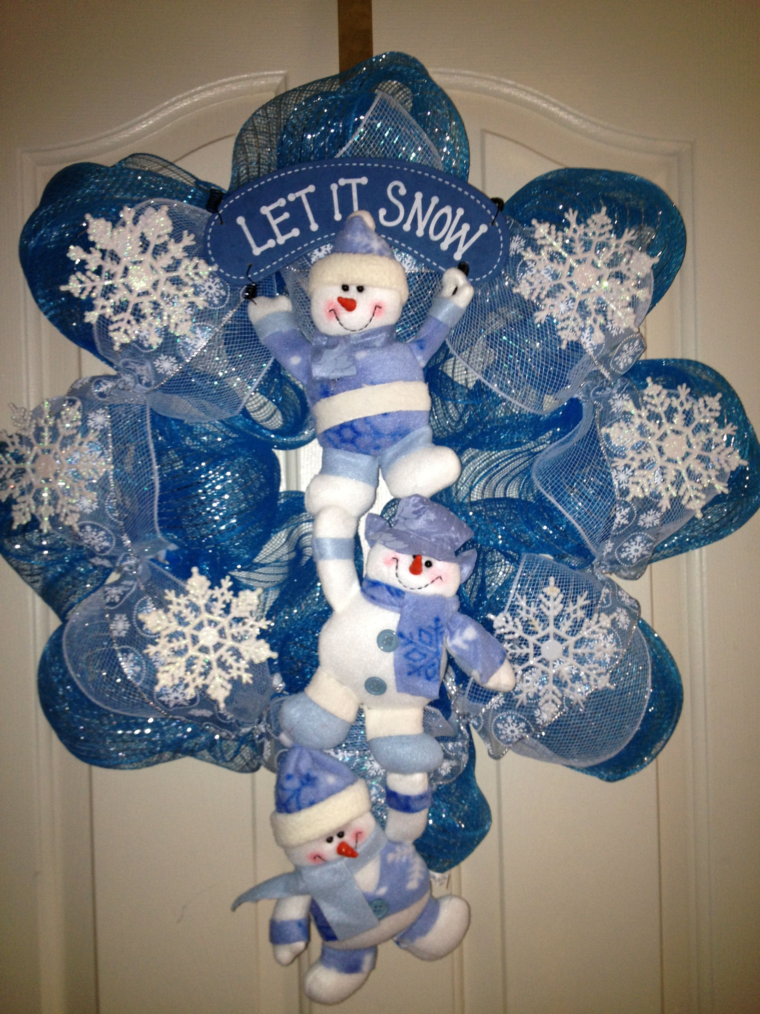 wreath crafts ideas let it snow wreath winter ideas wreaths 3272
