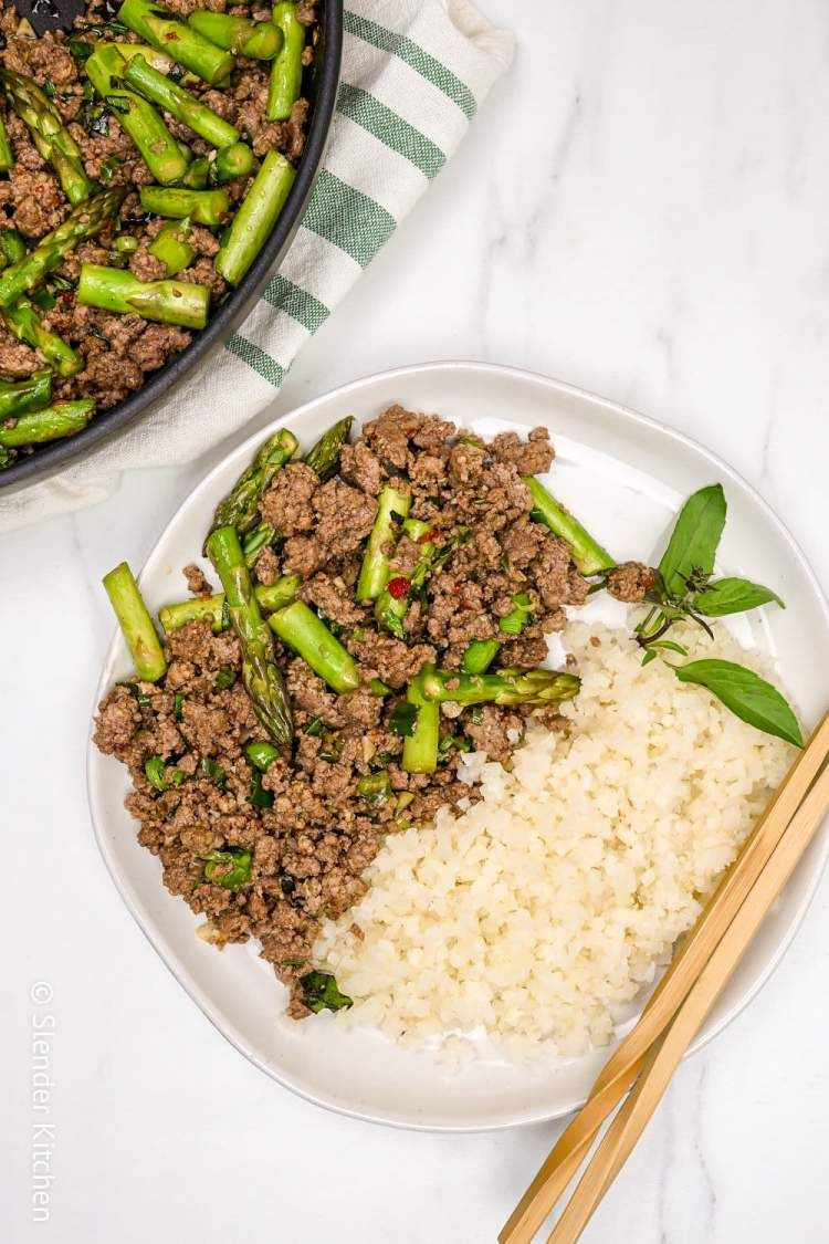 Thai Basil Ground Beef Bowl Slender Kitchen Recipe Asparagus Recipes Healthy Beef Bowl Recipe Ground Beef Stir Fry