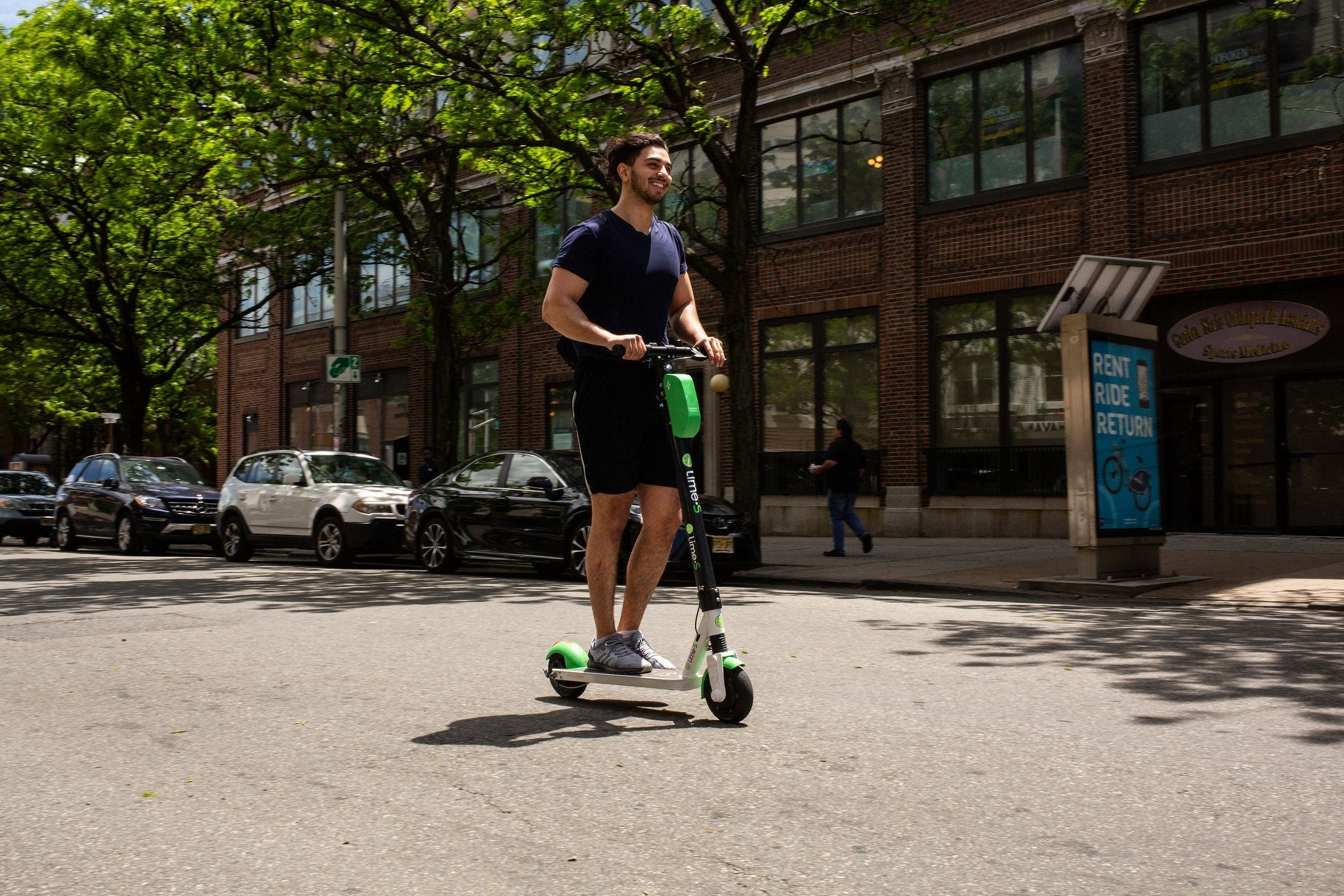Electric Scooters Are Coming To New York But You Can T Rent One In Manhattan Electric Scooter Electric Bike E Scooter