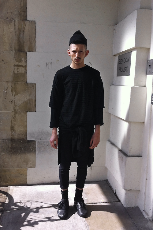 .black clothing
