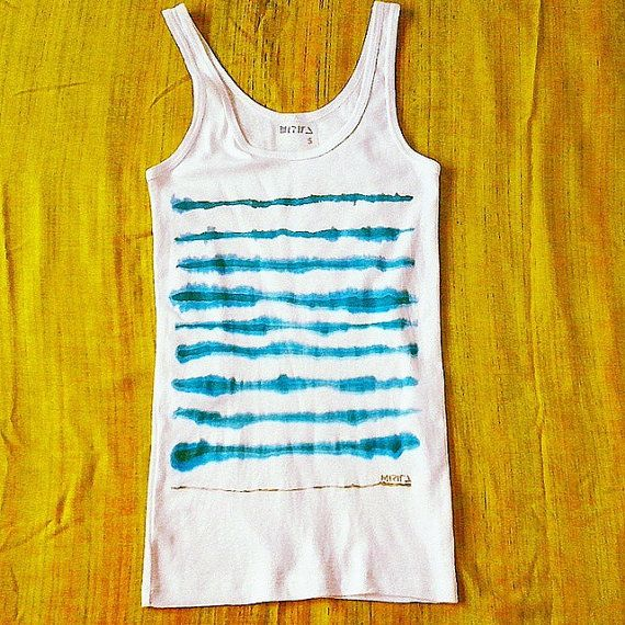 Camiseta top única COSTA pintada a mano con rayas por miritaTshirts,