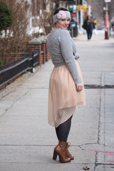 heather gray knitted Zara jumper - brown lace-up boots