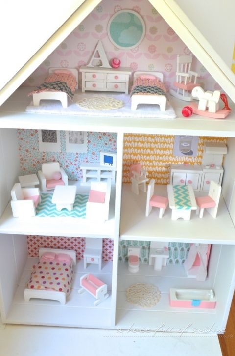 Doll's House Makeover #craftroomideas
