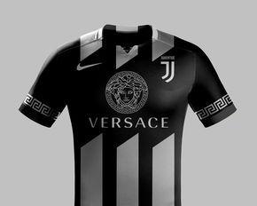 Les Maillots De Foot Dessines Par Des Marques De Luxe Juventus By Versace Maillot De Foot Maillot De Football Maillot