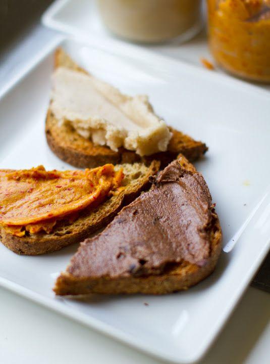 Coconut Butter Spreads: Cacao, Goji, Banana, Strawberry