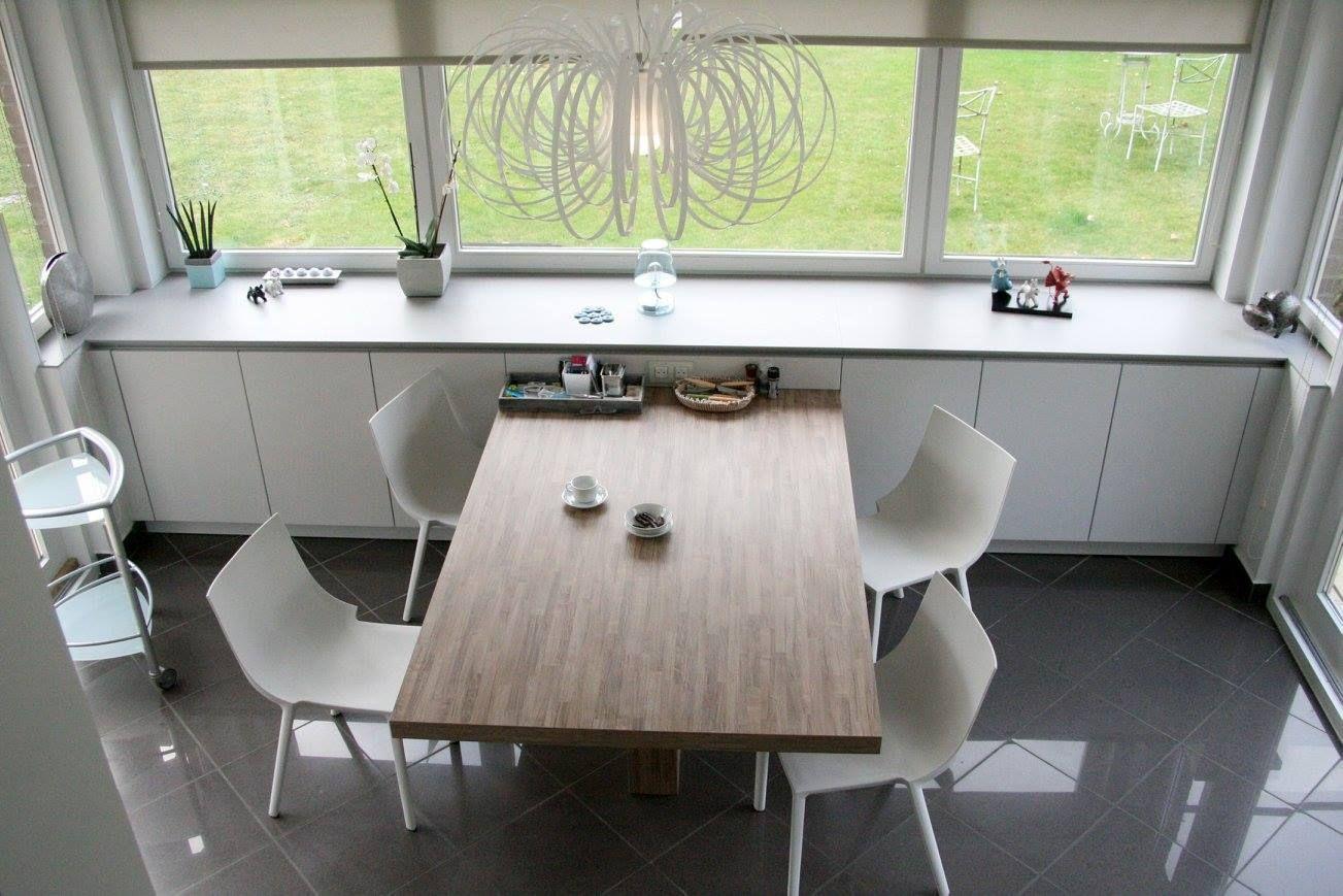 Cuisine Leicht Lille Modele Classic Ff C Laque Mate Coloris Merino Table En Stratifie Bois Coloris Black Cuisine Leicht Cuisine Haut De Gamme Plan De Travail