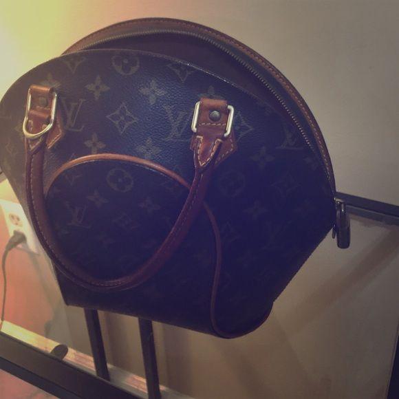 1767e413a796 Louis Vuitton