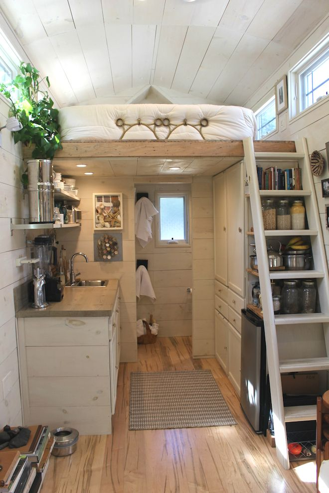 Impressive Tiny House Built for Under $30K Fits Family of 3 Tiny - k chenr ckwand aus glas