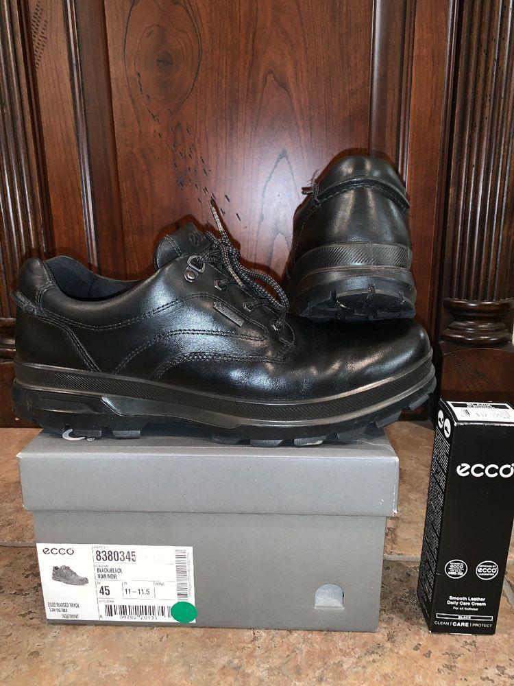 Ecco Mens Rugged Track Boots Size 11 Including Free Shoe Polish