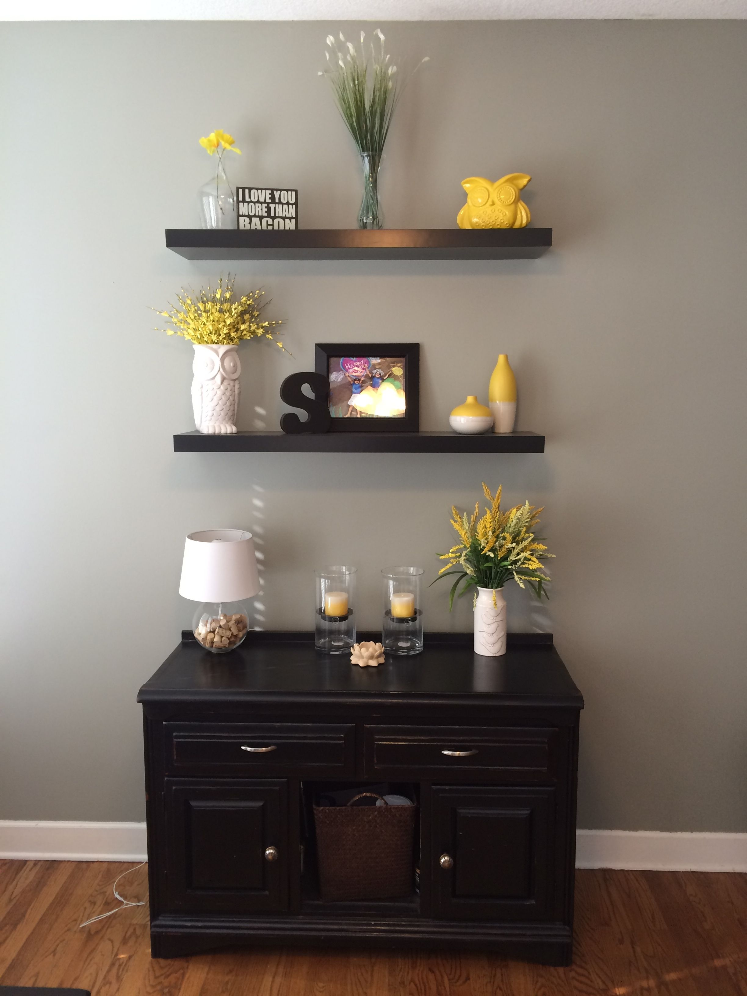 gray and yellow using sherwin williams rare gray 6199 decorating paint colors for living. Black Bedroom Furniture Sets. Home Design Ideas