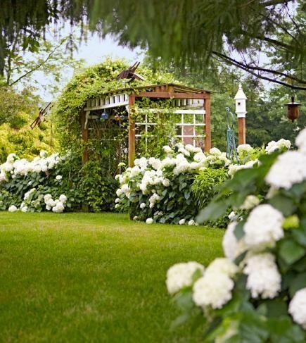 Garden Tour English Style Cottage Garden In Ohio White