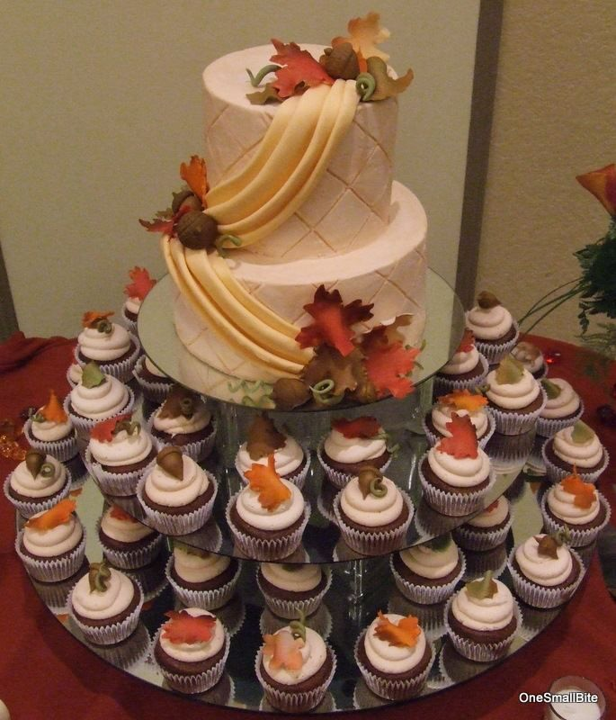 This Is A Fall Themed Cupcake Wedding Tower There Are 80 Cupcakes And A Larger Top Cake To Feed 40 Fall Wedding Cupcakes Wedding Cupcakes Fall Wedding Cakes