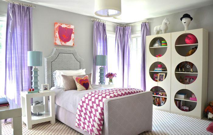 Wandgestaltung Jugendzimmer Bunte Wanddeko Wandbild In Rosa Rot Und Orange  Violett Vorhänge Ideen Regale Runde Gestaltung