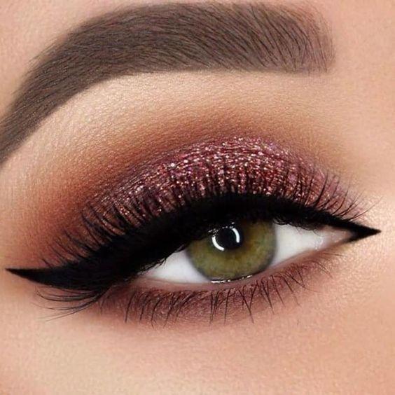 Karla Abelenda: 10 Tendências de maquiagens lindas e com brilho