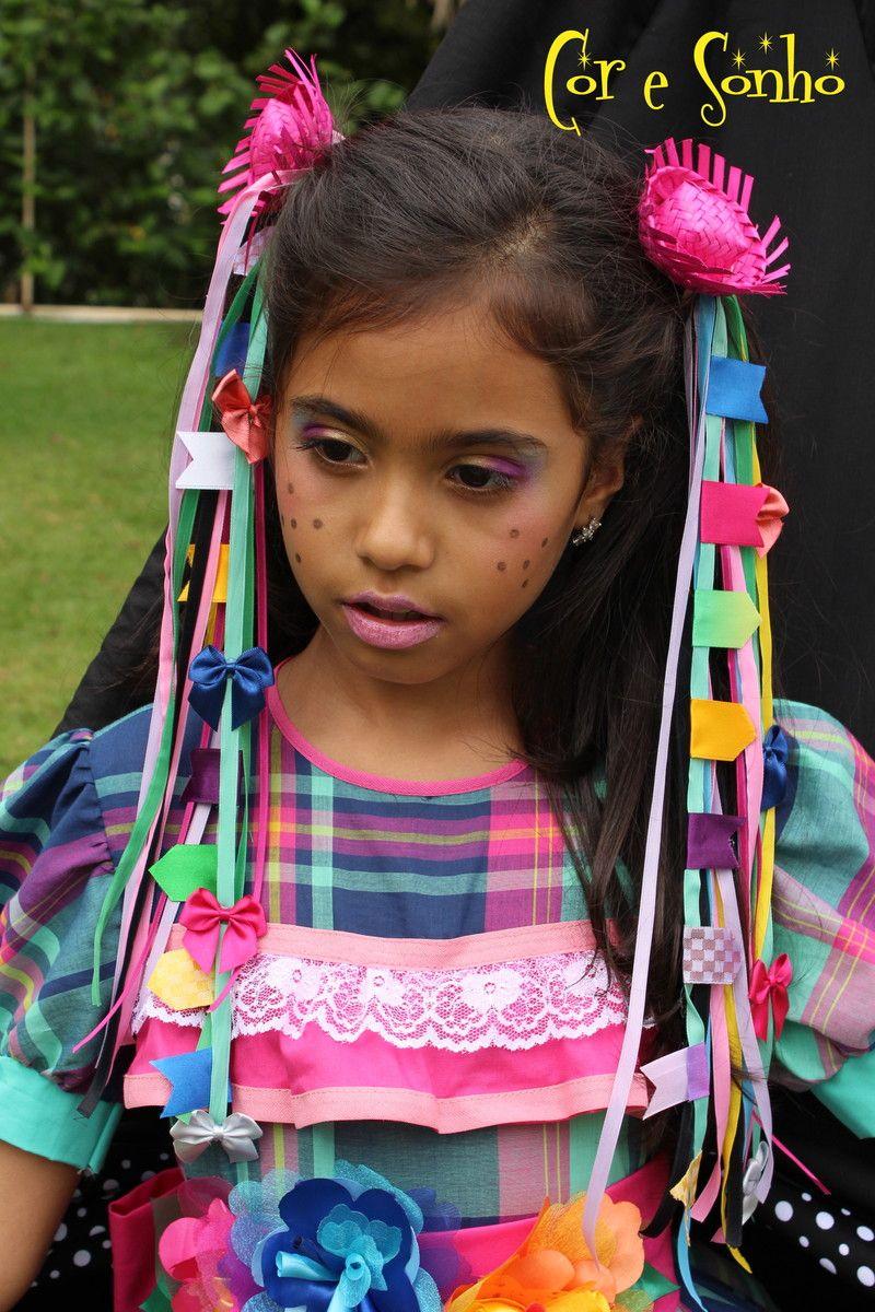 dcf8a49ed3e63 Maria Chiquinha para meninas - Festa Junina. Presa com uma xuxinha na parte  de traz