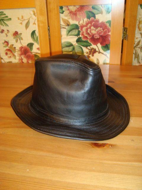 Vintage Wilsons Leather Men s Sz M Black Leather Fedora Trilby Indiana Jones  Hat  WilsonsLeather  FedoraTrilby 225f161accd