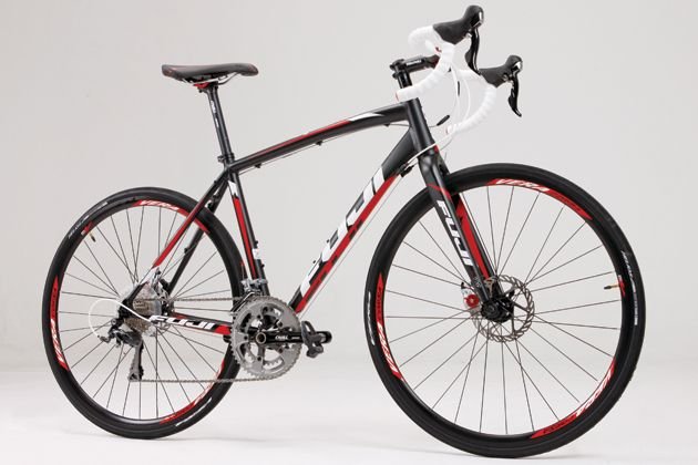 Fuji Sportif 1 1 Compact Cycling Weekly Commuter Bike Road Bikes
