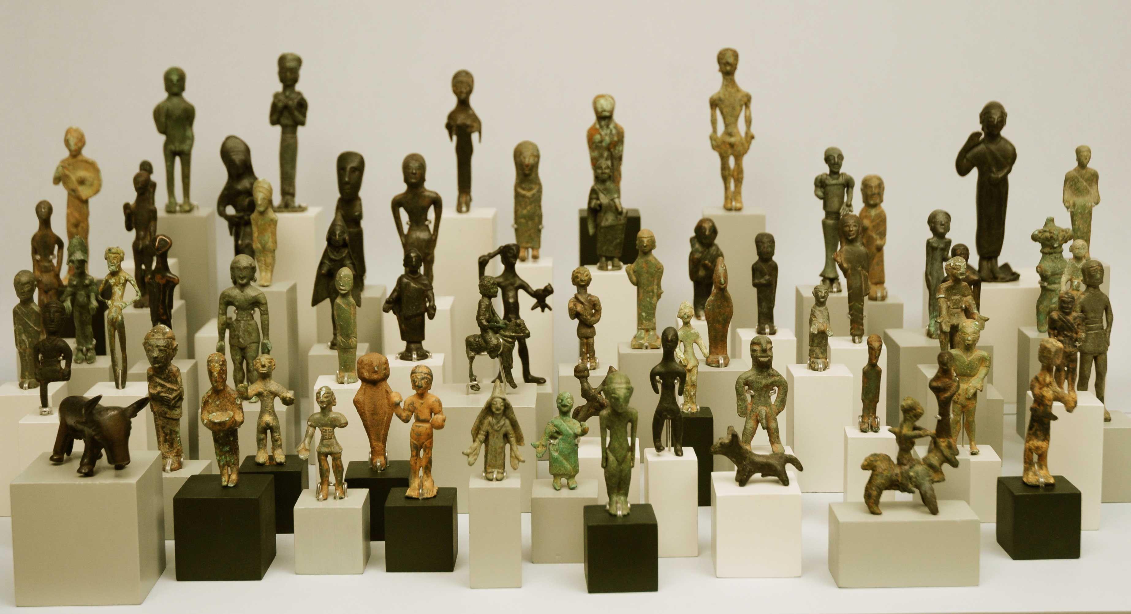Os presentamos nuestra colección de exvotos ibéricos del museo Gómez-Moreno, una de las más importantes de España. Foto: Javier Moya