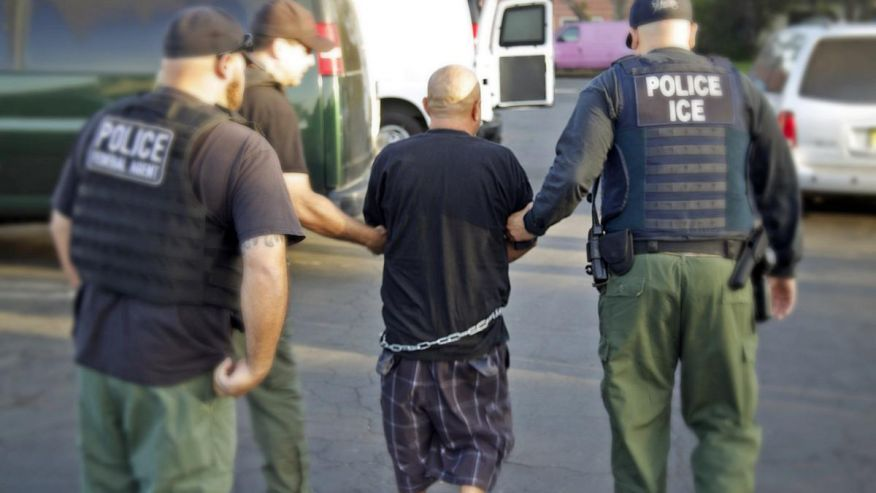 Obama administration pressed to deport illegal immigrant ex-cons | Fox News
