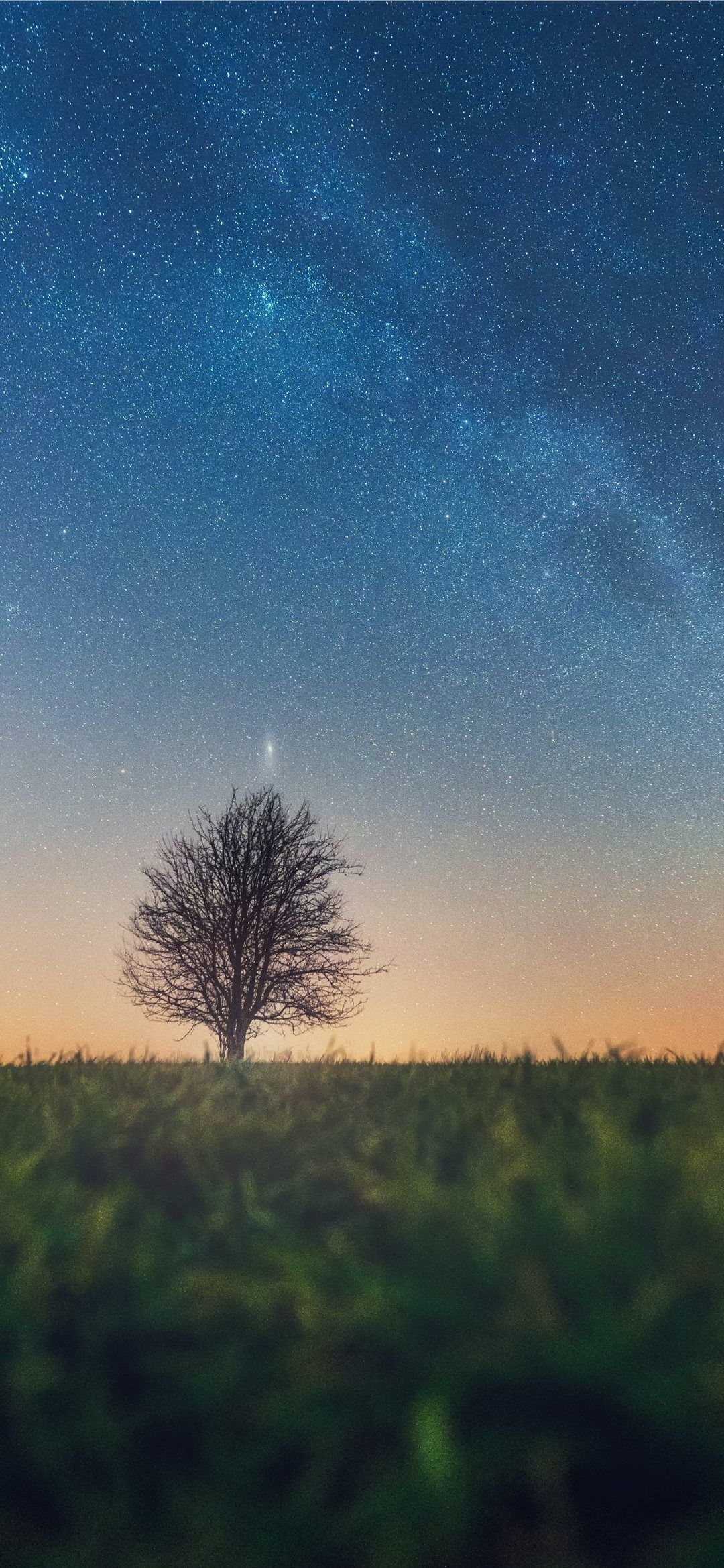 Iphone 11 Wallpaper Atmosphere Iphone 11 Wallpaper Nature Outdoors Night Astronomy Outerspace Germany Di 2020 Dengan Gambar Pemandangan Wallpaper Iphone Fantasi