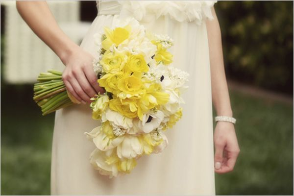 Friday Flowers Daffodils Daffodil Wedding Anemone Bouquet Wedding Wedding