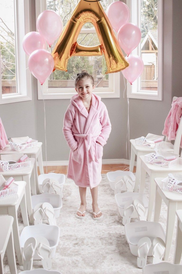 Little Girl S Spa Birthday Party Diy Budget Friendly Parties For Kids The Cutest And Best Aff Spa Birthday Parties Girl Spa Party Girls Birthday Party Themes